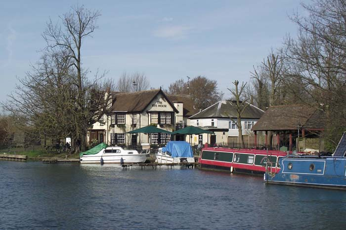 Rye House pub